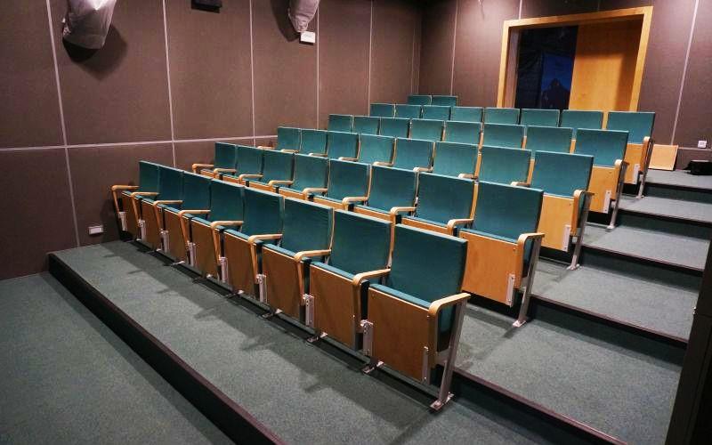 pawilon-edukacyjny-bialowieza-fotele-2