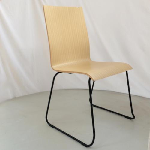 krzeslo-ku-z-pulpitem-wzor1-2