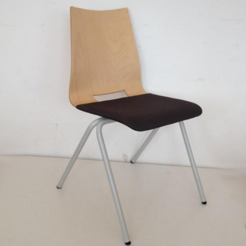 krzeslo-ku-z-pulpitem-wzor11-1