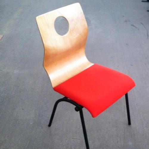 krzeslo-ku-z-pulpitem-wzor14-1