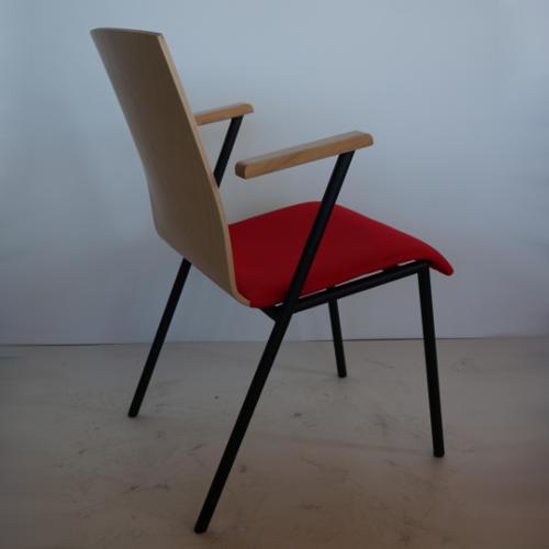 krzeslo-ku-z-pulpitem-wzor4-3