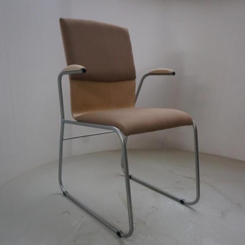 krzeslo-ku-z-pulpitem-wzor9-1