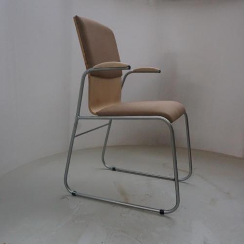 krzeslo-ku-z-pulpitem-wzor9-2